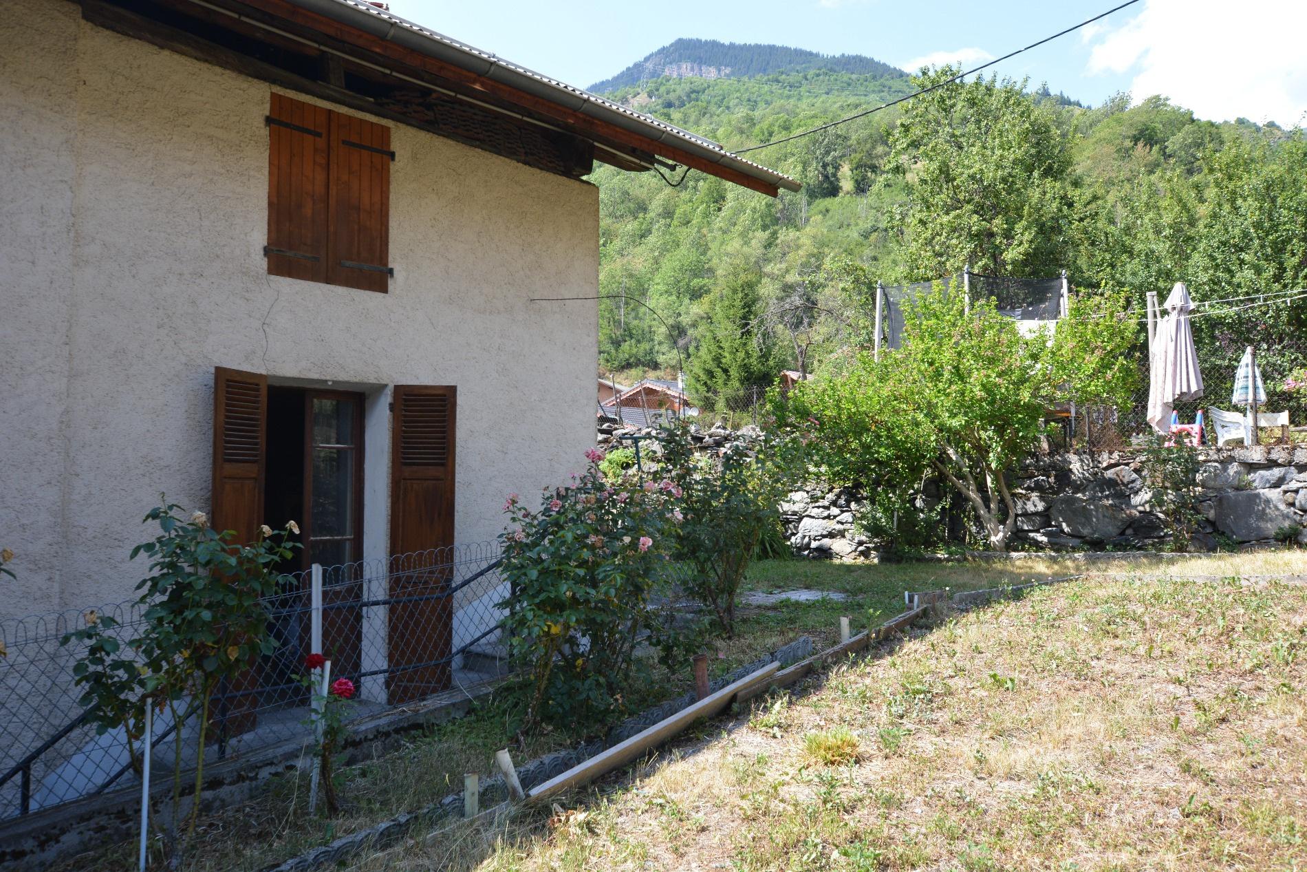 Vente a vendre maison avec grange r nover bozel for Acheter maison a renover