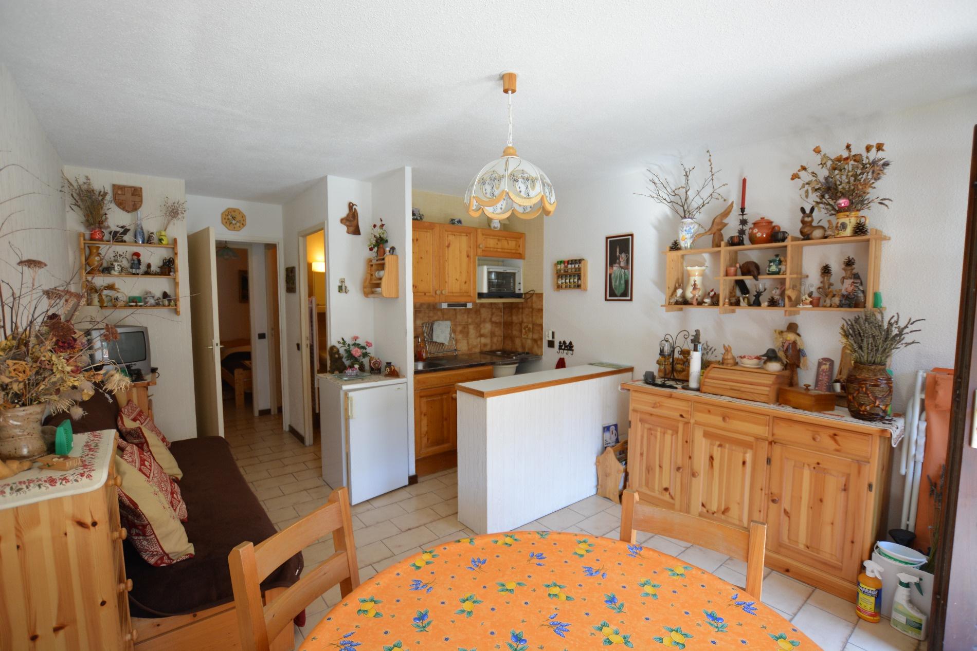 vente a vendre appartement vue lac bozel. Black Bedroom Furniture Sets. Home Design Ideas